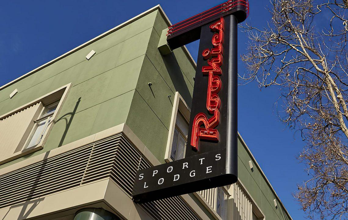 Ad Art Sign Co., AdArt, Full Service Signage, LED Lighting, Digital Signage,Retail, Custom Neon Exterior sign, San Jose, CA